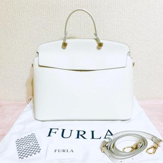 Furla - 未使用✨FURLA フルラ✨マイパイパー 2way バッグ✨ホワイト