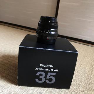 フジフイルム(富士フイルム)のFUJINON フジノン XF35mm F2 R WR (レンズ(単焦点))
