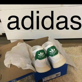 adidas - 箱入り 未使用品です。  adidas   スタンスミスソックス  24.5
