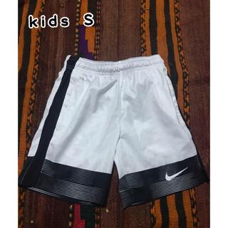 NIKE - NIKE サッカーパンツ 短パン kids S 120 130