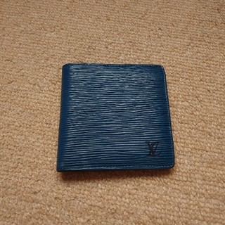ルイヴィトン(LOUIS VUITTON)の激レア ルイヴィトン  ポルトフォイユマルコ 2つ折り財布 M60613  エピ(折り財布)