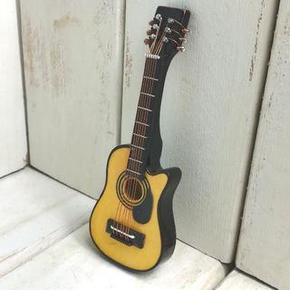 g002◆アコギ◆ ドールハウス 用 ミニチュア アコースティック ギター ye(ミニチュア)