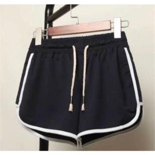 ショートパンツ Mサイズ 黒色 韓国 部屋着 美脚