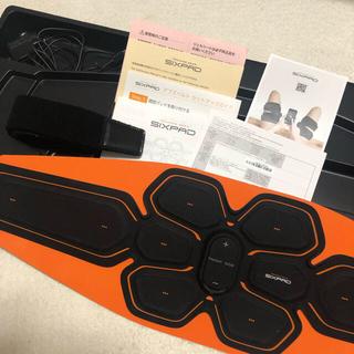 シックスパッド(SIXPAD)のシックスパッド アブズベルト sixpad ジェルシート付き(トレーニング用品)
