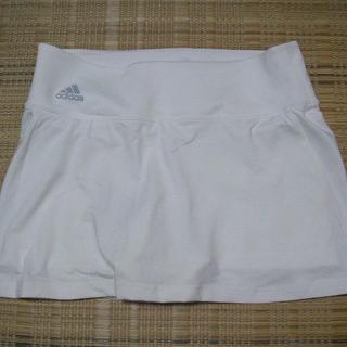 アディダス(adidas)の【テニス公式戦可】アディダス★スパッツ付き・スコート(白)★L(ウェア)