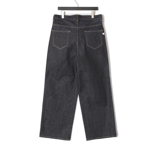 FACETASM(ファセッタズム)の[FACETASM] ワッペンワイドデニム メンズのパンツ(デニム/ジーンズ)の商品写真