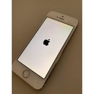 アイフォーン(iPhone)のau iPhone5s 64GB ゴールド 動作品 M-L2199(スマートフォン本体)