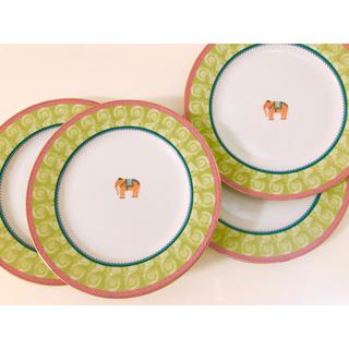 ザラホーム(ZARA HOME)のザラホーム❤️お皿❤️4枚セット❤️平皿❤️かわいい❤️(食器)