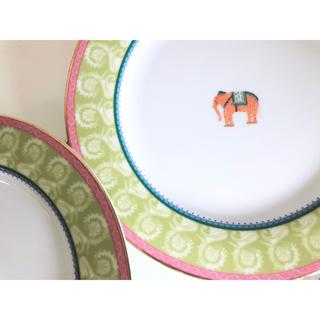 ザラホーム(ZARA HOME)のザラホーム❤️2枚セット平皿❤️かわいいお皿❤️おしゃれ平皿(食器)