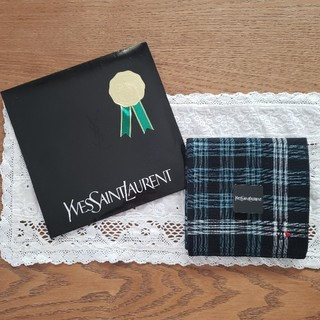 サンローラン(Saint Laurent)のイヴサンローラン ハート刺繍 タオルハンカチ 新品(ハンカチ/ポケットチーフ)