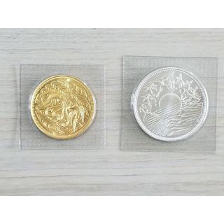 天皇御在位60年10万円金貨 1万円銀貨セット