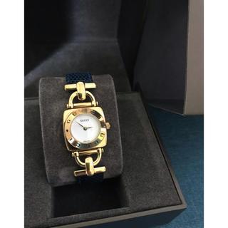 Gucci - 【GUCCI】6300L レディース腕時計 青ベルトリザード型押 白文字盤 箱付