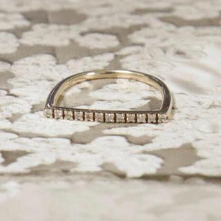 バーニーズニューヨーク(BARNEYS NEW YORK)のヒロタカ Uシェイプ ダイヤ バー ピンキーリング(リング(指輪))