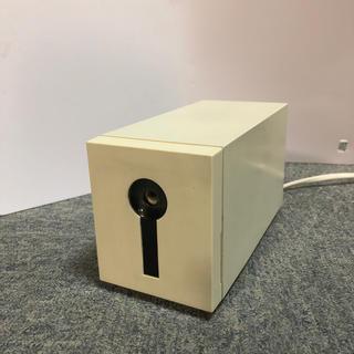 ミツビシエンピツ(三菱鉛筆)の三菱鉛筆 電動シャープナー KE-42 白 鉛筆削り(その他)