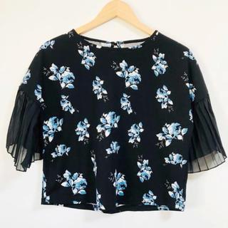 ZARA - 袖プリーツリボンが可愛い(๑˃̵ᴗ˂̵)✨‼️❤️サラッと着れる❤️花柄
