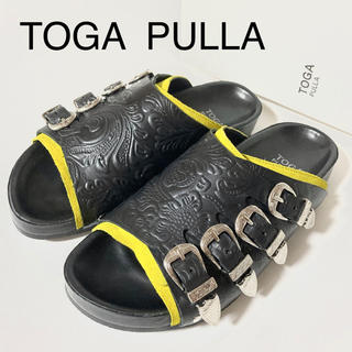 TOGA - TOGA PULLA ✨エンボスサンダル 35サイズ