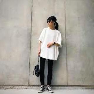 ザラ(ZARA)のZARA☆白ティシャツ試着のみの美品(Tシャツ(半袖/袖なし))