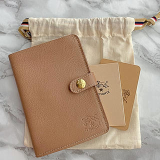 IL BISONTE - 【新品未使用】  イルビゾンテ 手帳型 二つ折り財布 ORZO オルゾー