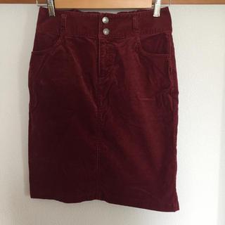 ハニーズ(HONEYS)のボルドーのタイトスカート(ひざ丈スカート)