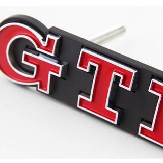 フォルクスワーゲン(Volkswagen)のVW フォルクスワーゲ ゴルフ GTI  グリルエンブレム 海外輸入品 レッド(車種別パーツ)