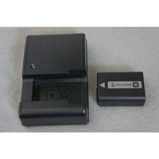 ソニー(SONY)の●即決 SONY NEX用 純正充電器BC-VW1+純正充電池NP-FW50(ミラーレス一眼)