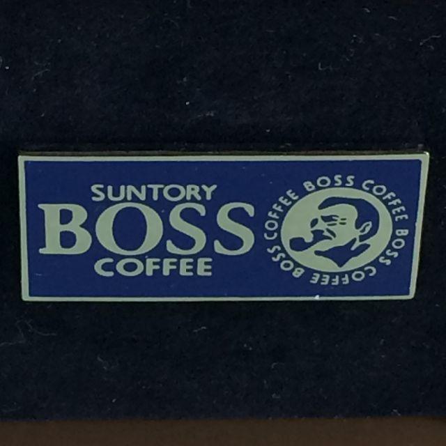 サントリー(サントリー)のサントリー BOSS ピンバッチ エンタメ/ホビーのアニメグッズ(バッジ/ピンバッジ)の商品写真