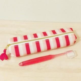 ◆アパガード  コラボ 限定 歯ブラシ トラベルポーチ*新品未使用