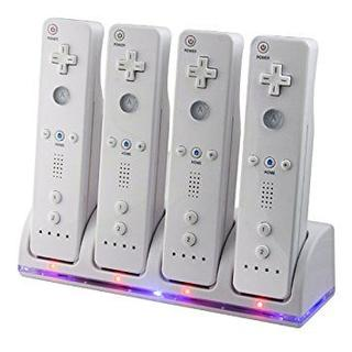 Wii / Wii U リモコンバッテリー 充電器+バッテリー4点 ホワイト(その他)