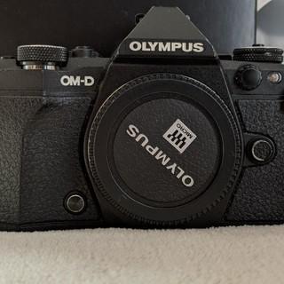 オリンパス(OLYMPUS)のかな様 Olympus OM-D E-M5 Mark II ボディーのみ(ミラーレス一眼)