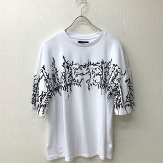 Bershka - 【M】ビリーアイリッシュ x ベルシュカ  フォームプリントTシャツ