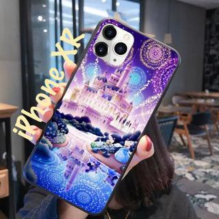 ディズニー(Disney)の〖新品〗 iPhoneXR ミッキー&ミニー スマホケース✦《お城背景》(その他)