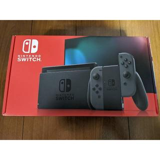 ニンテンドウ(任天堂)の新品 未開封 新型 Switch 本体 グレー(家庭用ゲーム機本体)