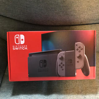 ニンテンドースイッチ(Nintendo Switch)の新品 任天堂 switch 新型 グレー nintendo ニンテンドー (家庭用ゲーム機本体)