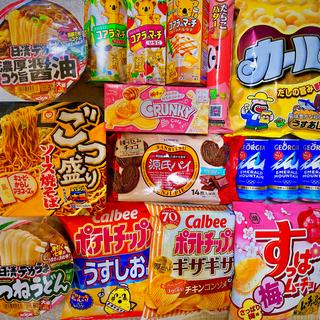 カルビー(カルビー)の大盛りカップ麺・お菓子詰め合わせ♪(菓子/デザート)