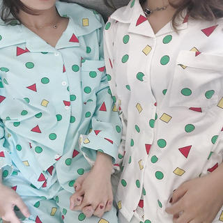 クレヨンしんちゃん パジャマ