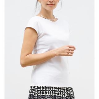 ドゥクラッセLサイズ白色Tシャツ・浅Vネックフレンチ袖 フレンチスリーブ(Tシャツ(半袖/袖なし))