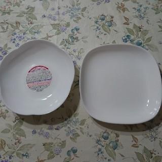 ヤマザキセイパン(山崎製パン)のヤマザキ春のパン祭り お皿二枚(食器)