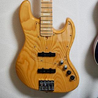 フェンダー(Fender)のATELIER Z M245 ベース(エレキベース)