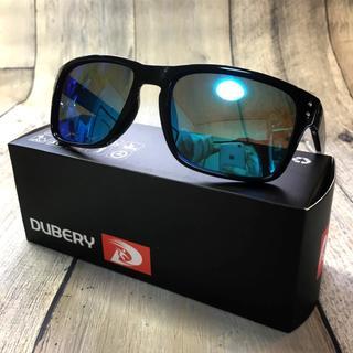 偏光レンズ UV400 ブラック/ブルーミラー ウェリントンサングラス(サングラス/メガネ)
