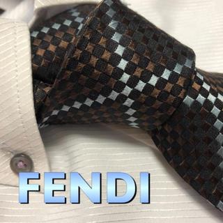 FENDI - フェンディ ネクタイ【美品】FENDI  チェック柄 光沢