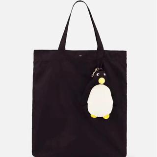 新作 Penguin Charm Shopper  IN BLACK