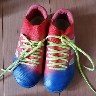 アディダス(adidas)のサッカーシューズ(スニーカー)