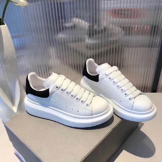 Alexander McQueen(アレキサンダーマックイーン)のAlexander McQueen スニーカー メンズの靴/シューズ(スニーカー)の商品写真