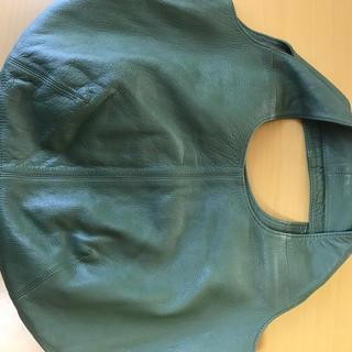 パピヨネ(PAPILLONNER)の未使用 本革 パピヨネ  うさぎバッグ 深緑 モスグリーン(トートバッグ)