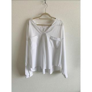 アルシーヴ(archives)のarchives 白スキッパーシャツ(シャツ/ブラウス(長袖/七分))