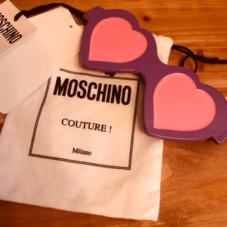 MOSCHINO - 新品未使用 MOSCHINO モスキーノ バレッタ サングラス ピンク パープル