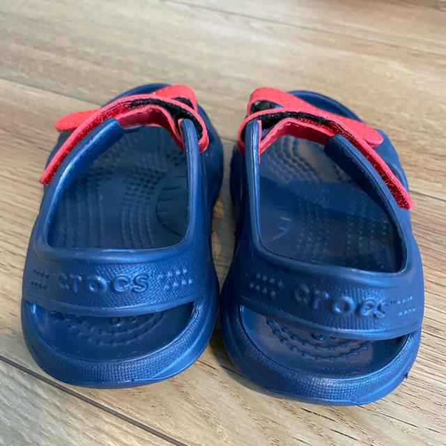 crocs(クロックス)のクロックス スウィフトウォーター リバー サンダル キッズ/ベビー/マタニティのキッズ靴/シューズ(15cm~)(サンダル)の商品写真