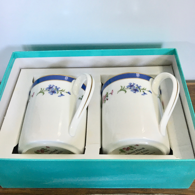 Tiffany & Co.(ティファニー)のTIFFANY  マグカップ ティファニーフローラル インテリア/住まい/日用品のキッチン/食器(グラス/カップ)の商品写真