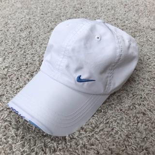 ナイキ(NIKE)の【NIKE】春夏用 女児キャップ 帽子 白×水色 (帽子)