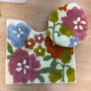ベルメゾン - トイレットカバーセット 花柄